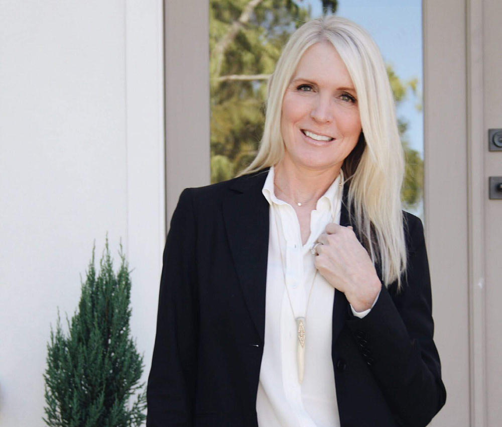 An image of Kathryn Ely is shown. Kathryn Ely is a counselor in Birmingham, AL with Empower Counseling.  She offers anxiety therapy and online therapy for college students in Auburn, Alabama.